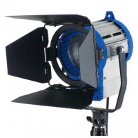Fresnel Tungsten Light 650w Color 3200k