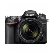 Nikon D7200 DSLR Camera with 18-140 VR